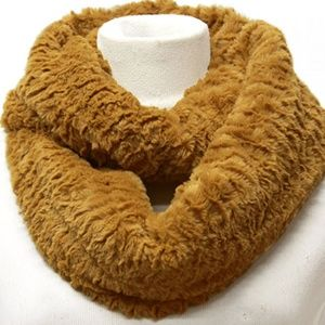 Accessories - SOLID FUR INFINITY SCARF